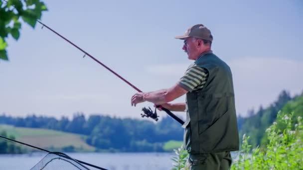 rybář s rybářský prut