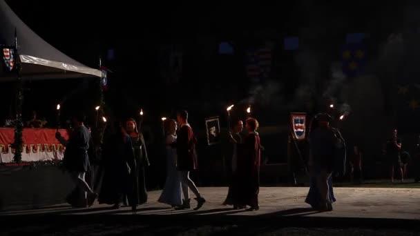Středověký festival s tancem