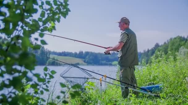 rybář je zařazování rybářský prut