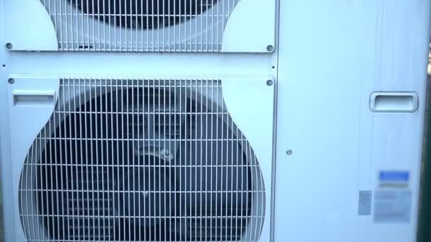 große Klimaanlage