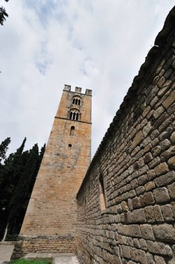 Roccavivara, Sanctuary of S. Maria di Canneto. Surrounded by pines, in an area already inhabited in Roman times, the abbey-sanctuary of S. M. di Canneto rises isolated in the middle of an olive grove.