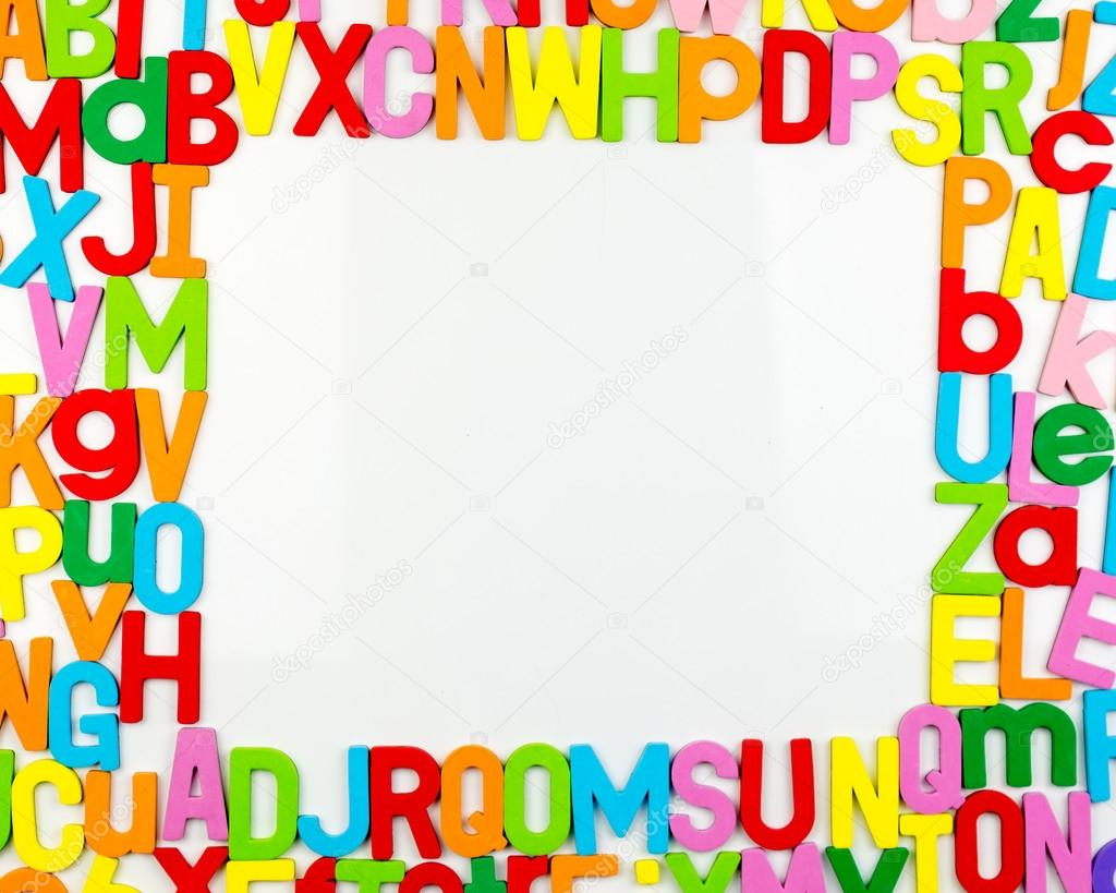 Alphabet-Magnete Formen Rahmen am whiteboard — Stockfoto ...