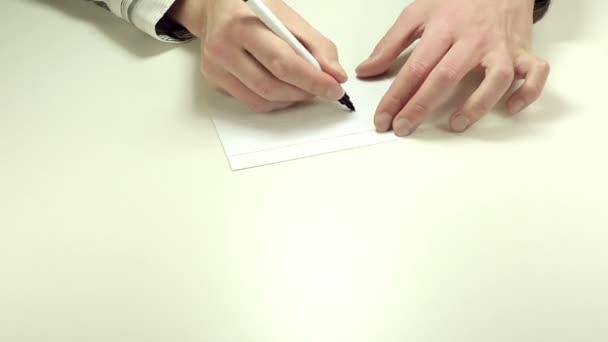 Psaní šek na papír