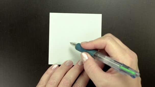 Kresba na papír smajlík Happy