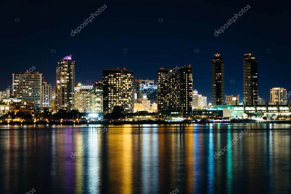 The San Diego Skyline At Night Seen From Centennial Park In Co Stock
