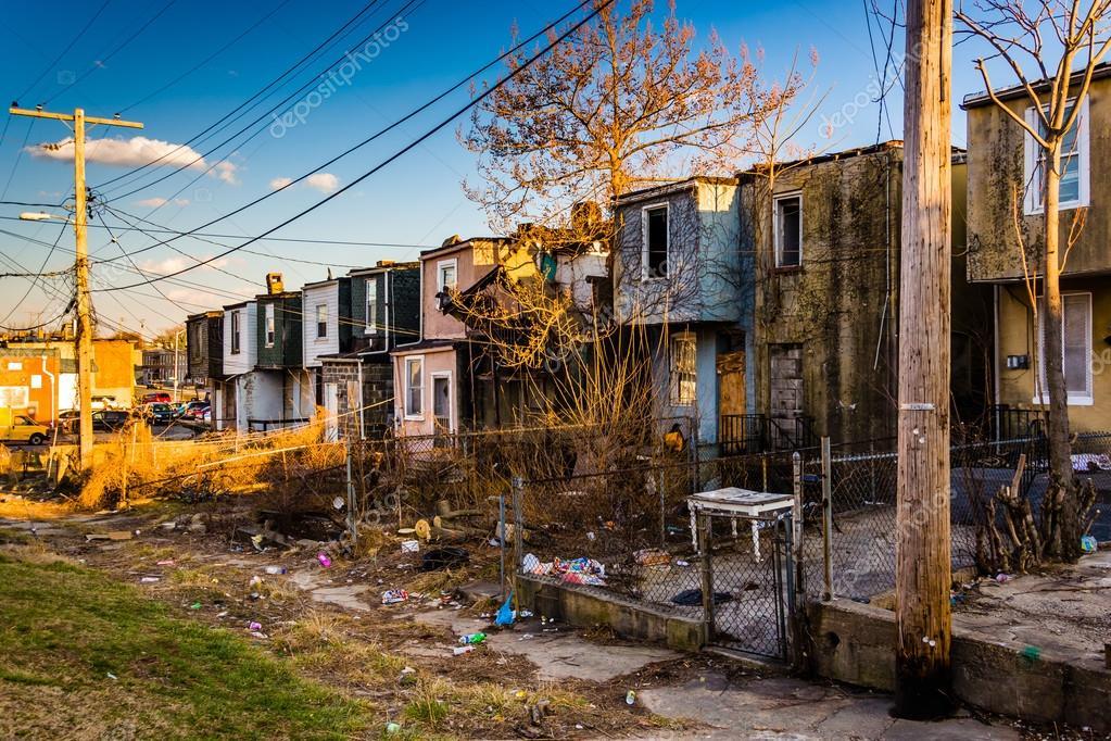Case abbandonate di fila a baltimora maryland foto for Disegni di case abbandonate