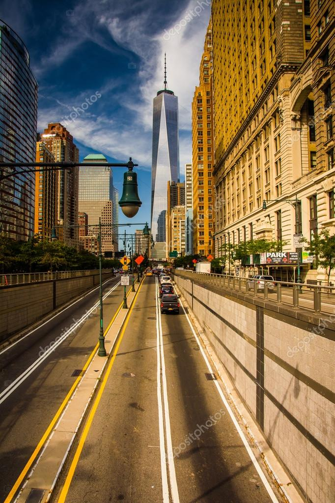 The Battery Park Underpass And One World Trade Center In Lower M Stock Photo