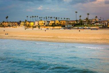 """Картина, постер, плакат, фотообои """"волны в тихом океане и вид на пляж на закате в се модульные"""", артикул 66156910"""