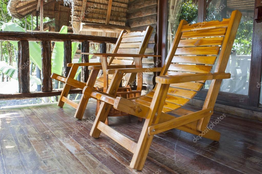 sillas de madera de teca — Fotos de Stock © dextorTh #66107959