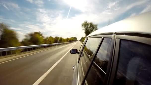 Řídit auto. Časová prodleva. Letní čas.