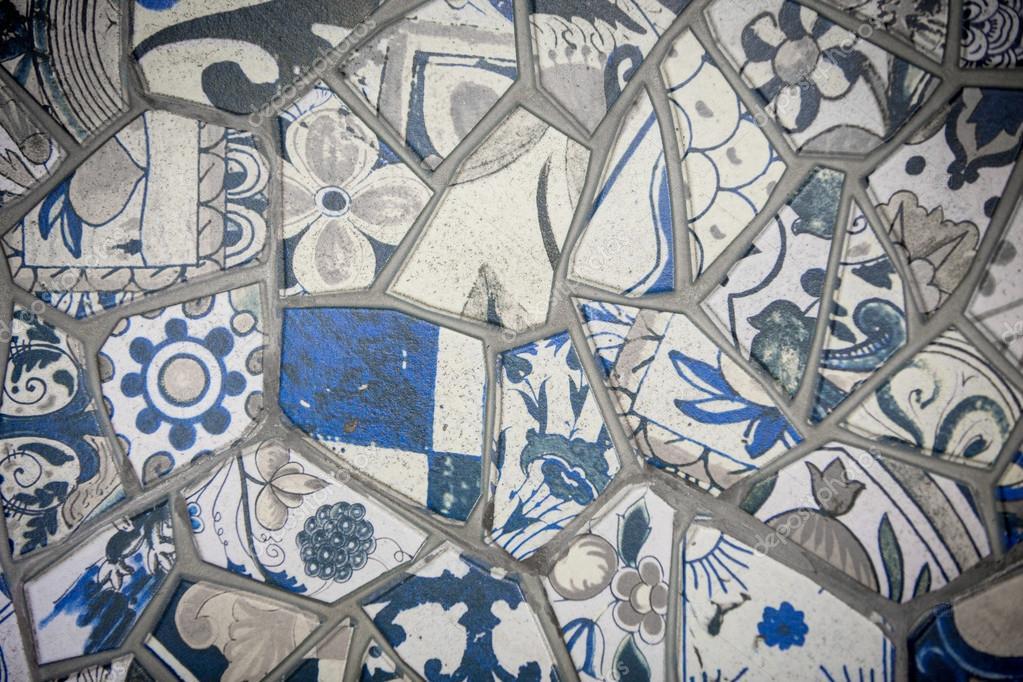 Parete mosaico di piastrelle rotte in istanbul muro composto