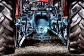 Vista posteriore del trattore