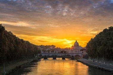 Saint Peter's basilica at sunset