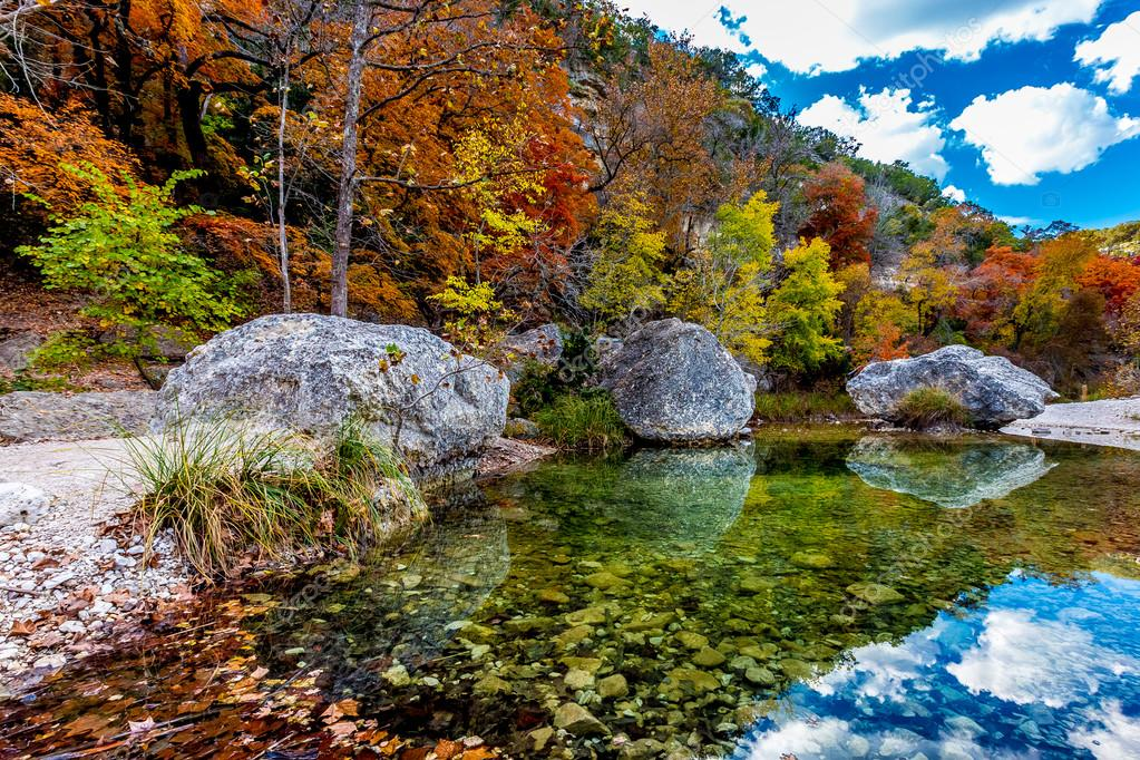 Autumn at Lost Maples State Park, Texas — Stock Photo ...
