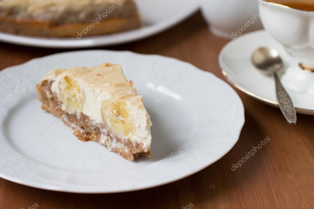 Bananen Und Sahne Kase Kuchen Stockfoto C Lovelymama 67113077