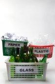 Fényképek Újrafeldolgozás papír, műanyag és üveg
