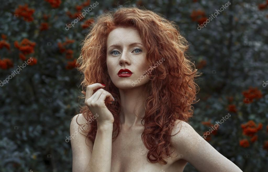 Rousse nude, naomi wwe diva nude