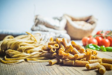 Pasta integral with the ingredients