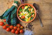 I ribollita, toskánská polévka classic, staromódní jídlo rolníků