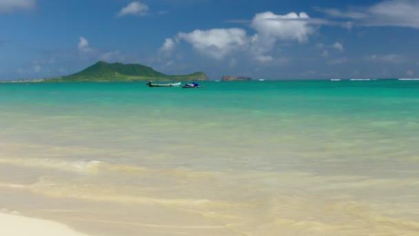 Idylické pláže moře tyrkys
