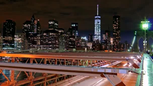 Éjszakai világító felhőkarcolók