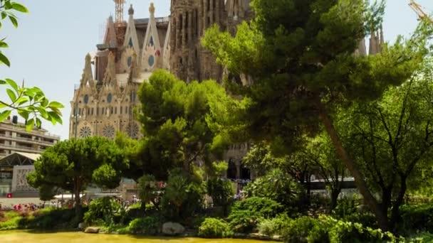 Katedrále Sagrada Familia v Barceloně Španělsko vnější Tilt zastřelil