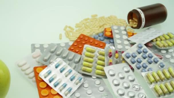 Jablka a hromadu pilulky zdravá volba koncepce