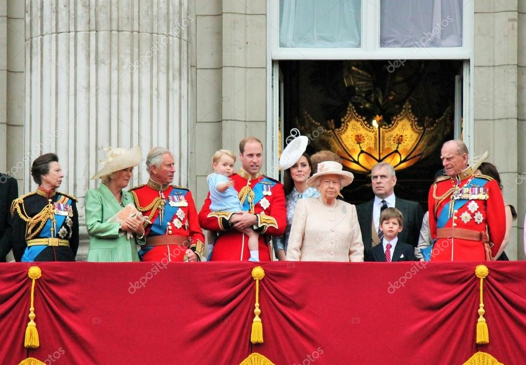 Queen Elizabeth, and royal family William, harry, Kate and Prince George Royal Buckingham palace Balcony Trooping of the color 2015