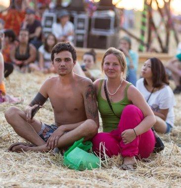 bir yaz festivali hippiler lovers çifti