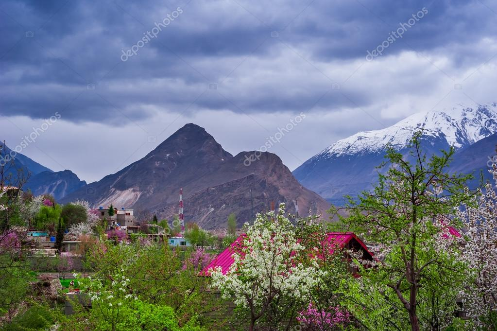 hunza chat Sujo hunzo 2,807 likes 2 talking about this sujo hunzo (hunza the paradise.