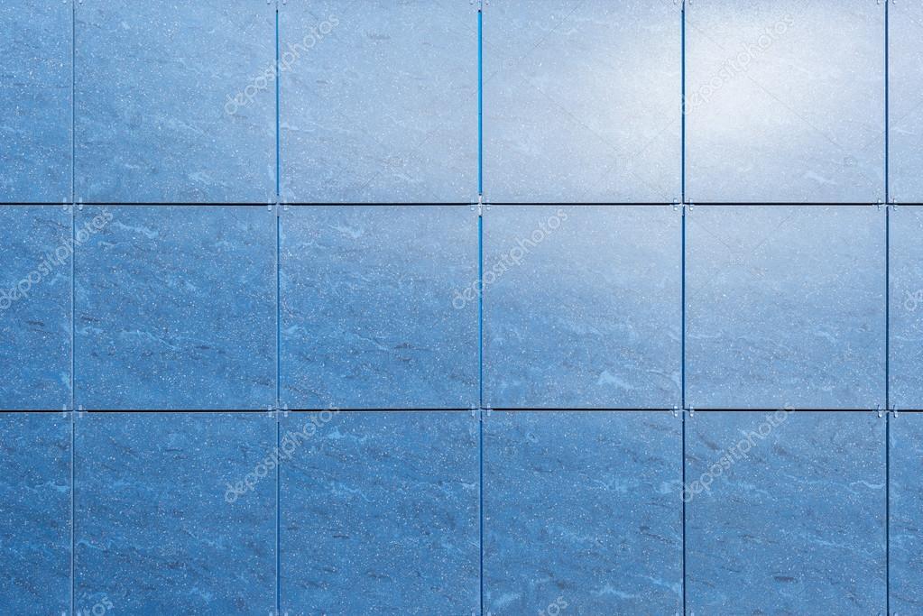 Muro di piastrelle blu u foto stock serjio b