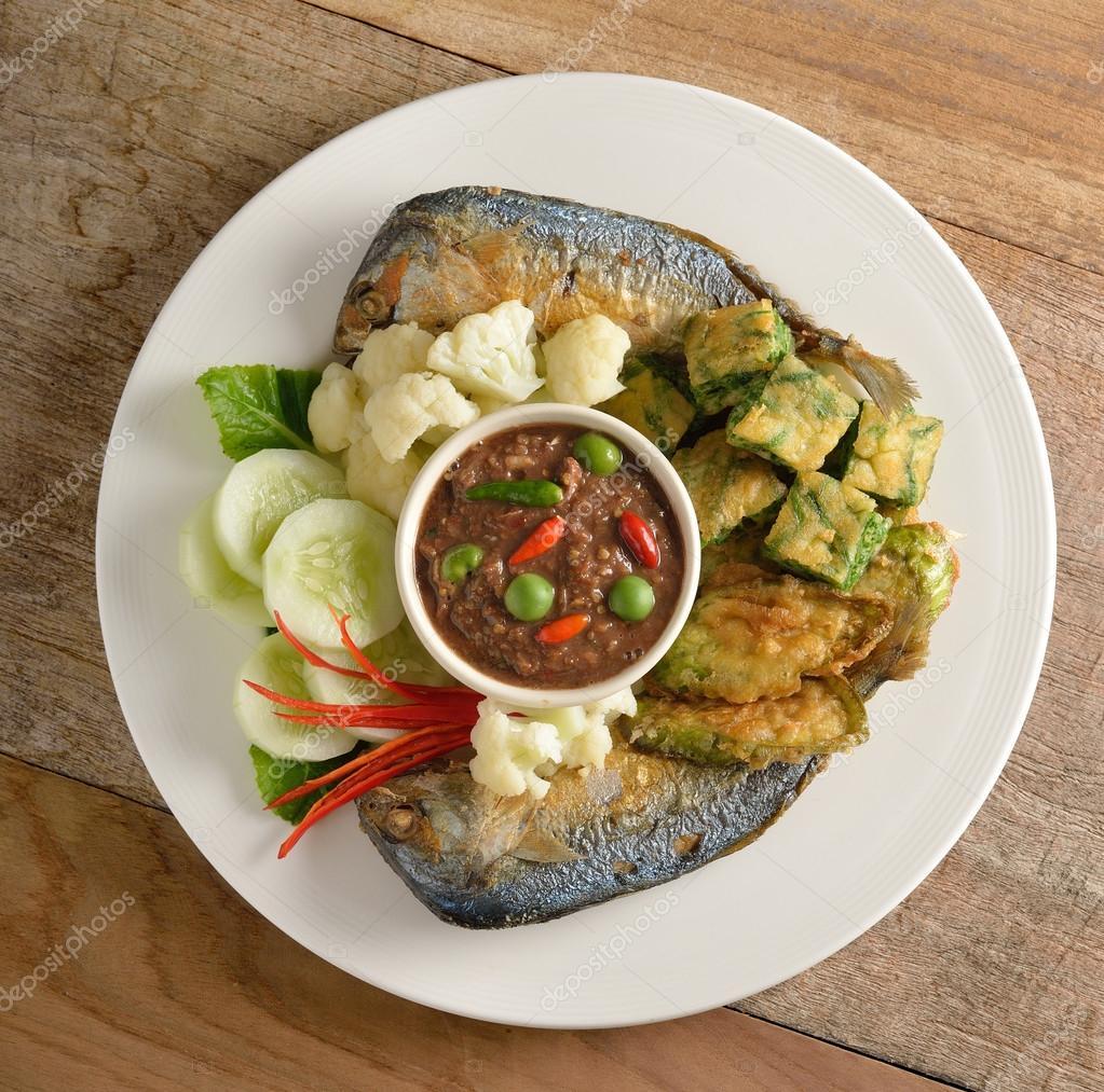 Cuisine tha landaise frit sauce chili de maquereau for 4912 thai cuisine