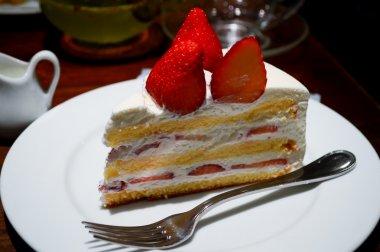 frtuits layered cake