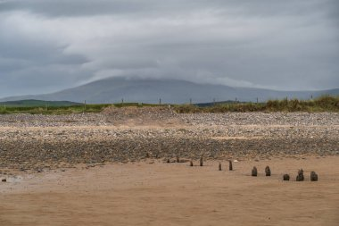 The village of Haverigg lies on the Duddon Estuary a short distance from the town of Millom.It is a small seaside fishing village tucked away on the north-west coast of England, a haven for birds.