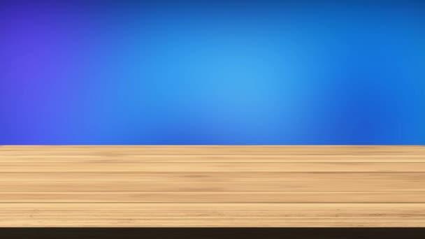 Üres fa tábla asztal előtt villogó kék, sötétkék, és fekete-zöld háttér. Fény és szivárgás hatás. HD felvétel