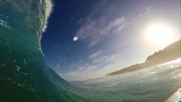POV muž surfování, extrémní Sport