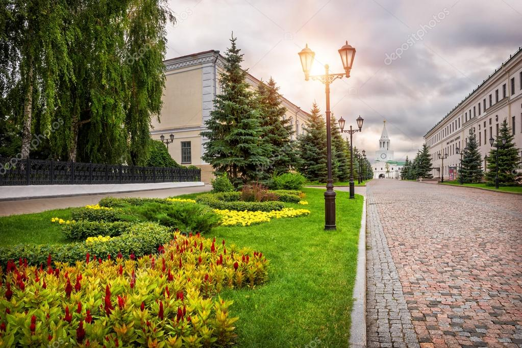 Flowers of the Kazan Kremlin