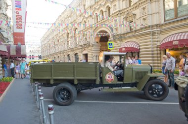 Soviet truck GAZ-MM (simplified GAZ-AA) for retro rally Gorkyclassic about Gum, Moscow, side view