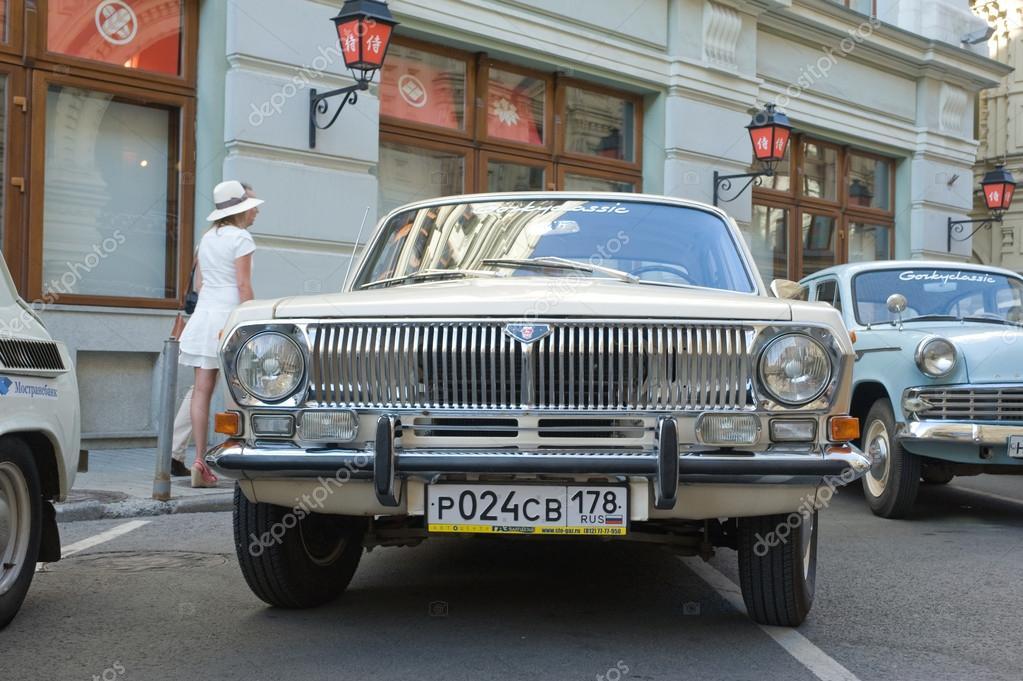 Soviet retro GAZ-24