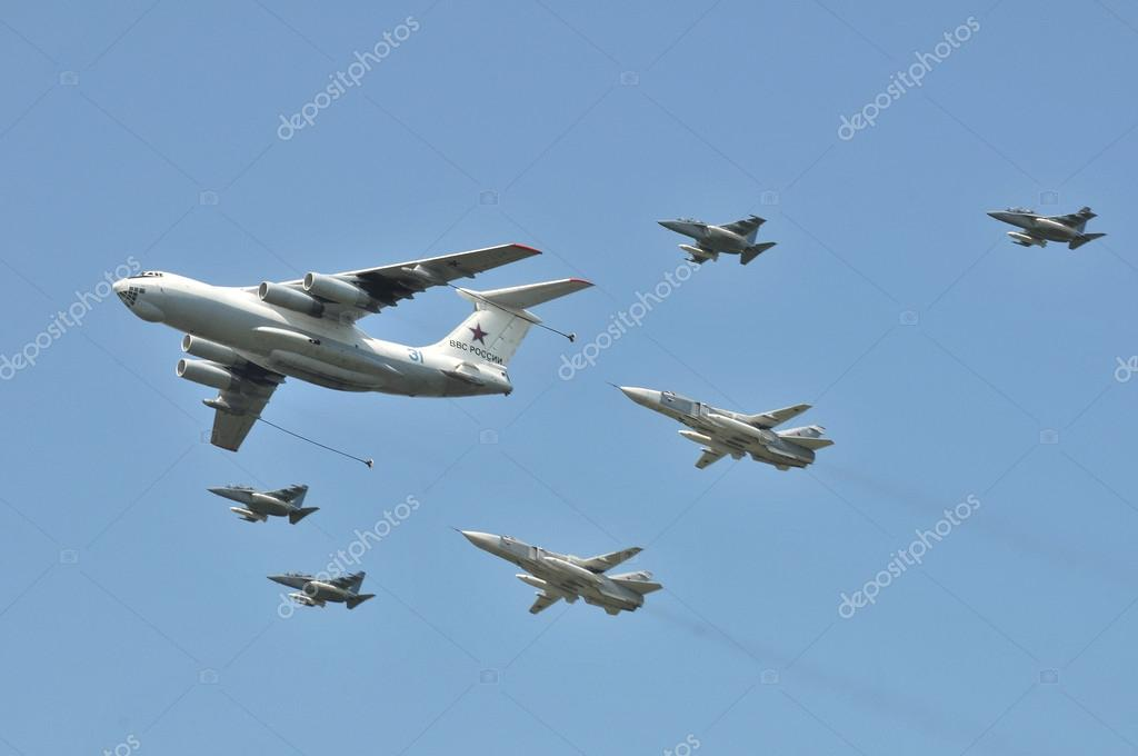 The aircraft tanker Ilyushin Il-78 and Group of planes