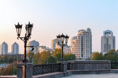 Yekaterinburg town throw the street lights in the evening