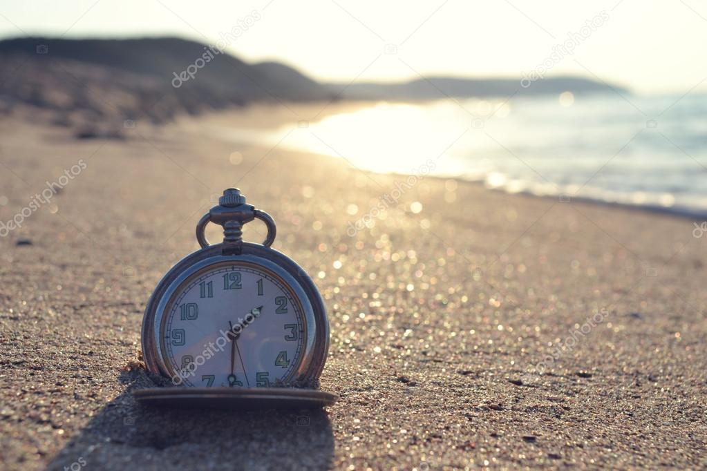 Time clock photo