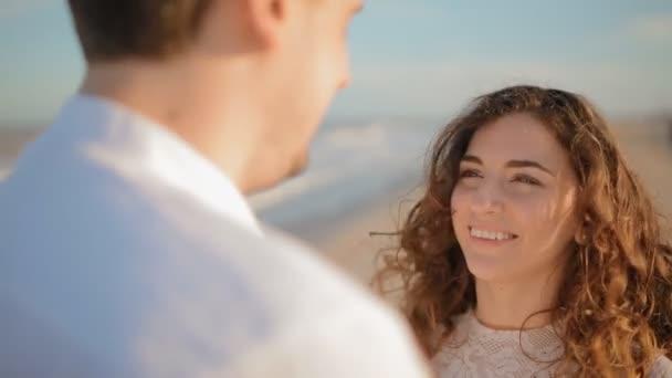 Dating und Sehen sich gegenseitig das Gleiche
