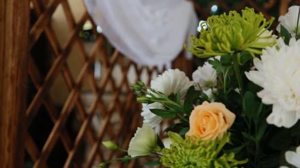 Decoratie studio bereiden locatie voor de bruiloft u2014 stockvideo