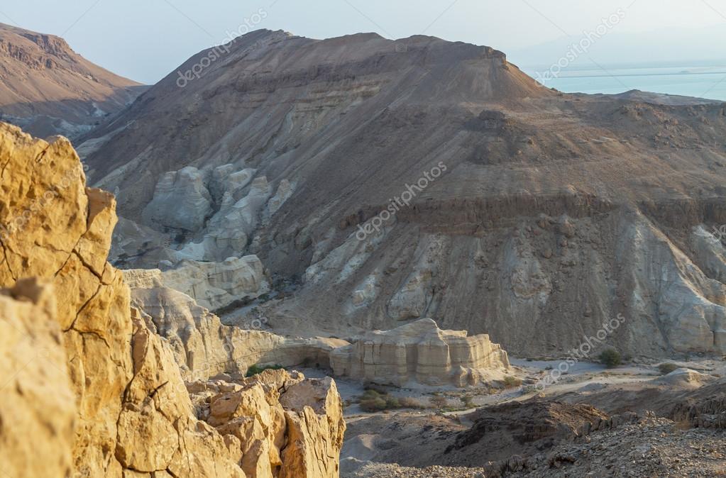 dead sea cliffs