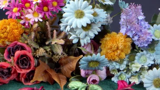 Barevné svazky imitace květin
