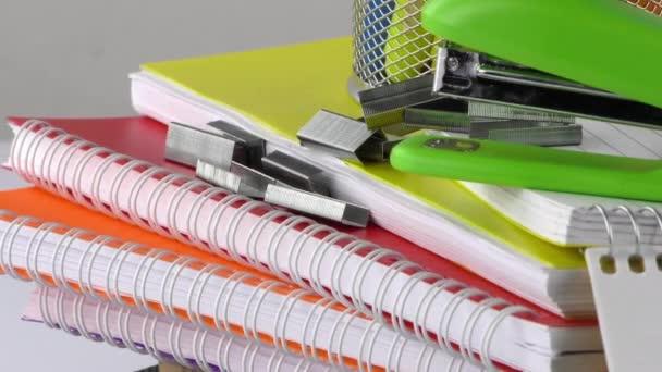 Školní vzdělání vybavení nástroje
