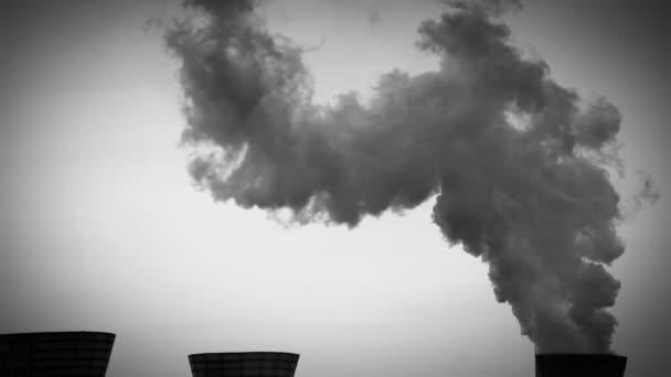 A koksz és a kémiai növényvédelmi hűtőtornyok