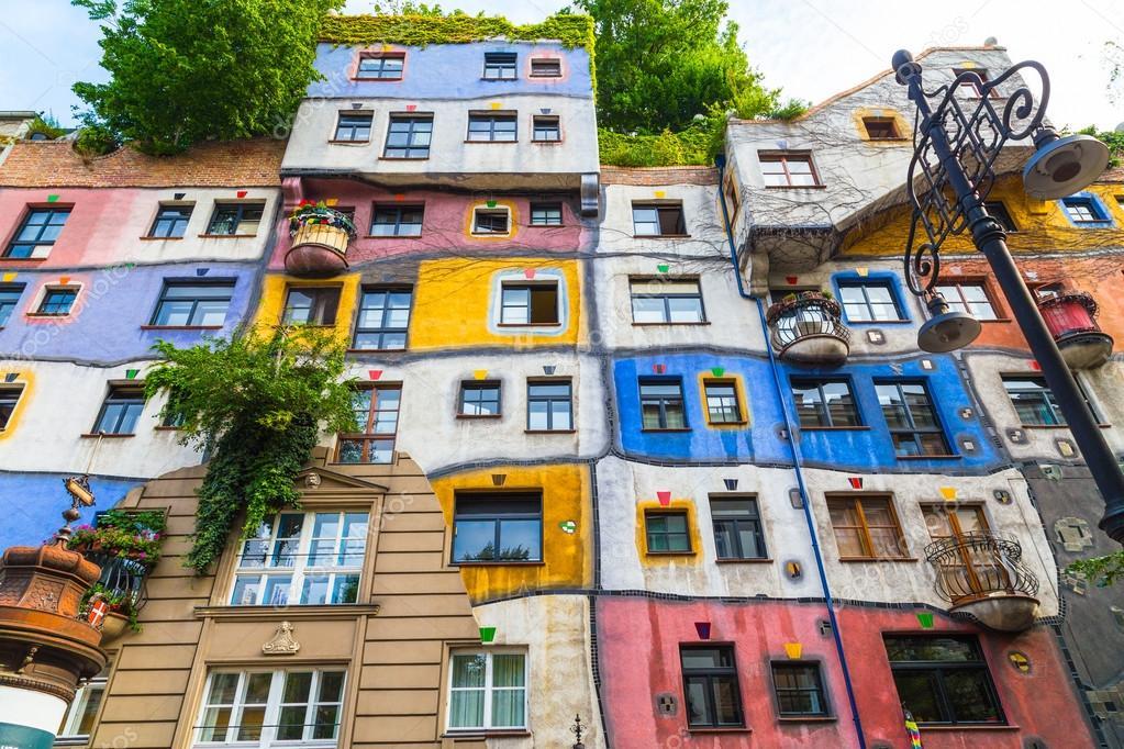Hundertwasserhaus ile ilgili görsel sonucu