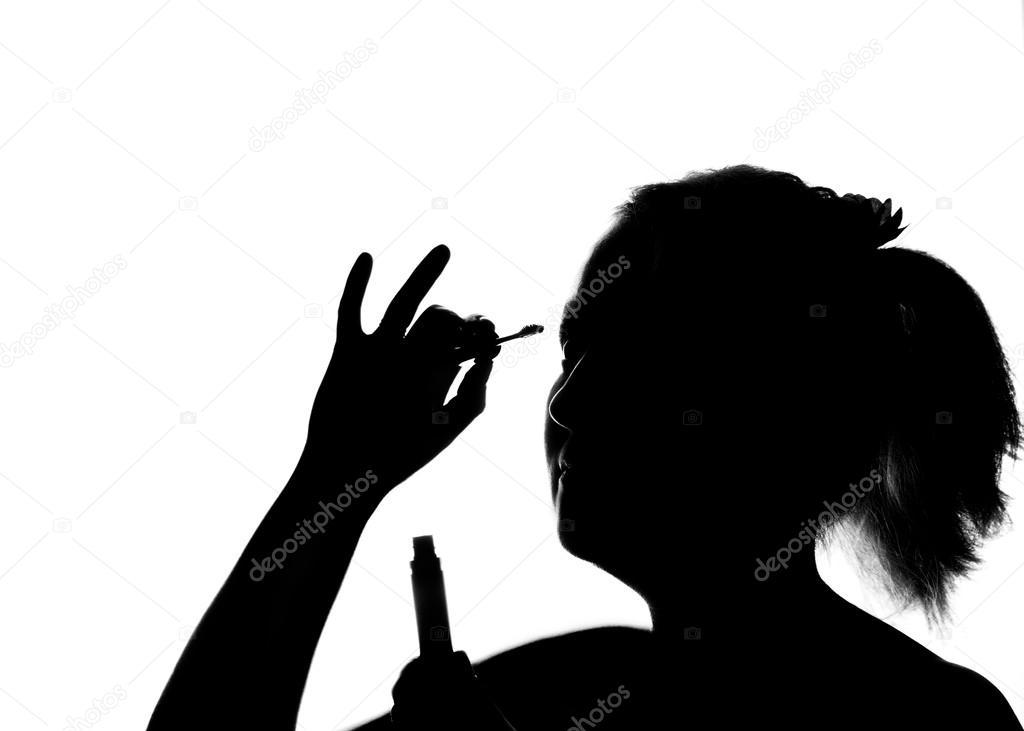 Süße Mädchen Malt Die Wimpern Schwarz Weiß Stockfoto